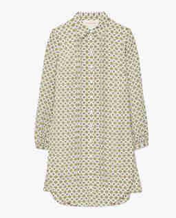Koszulowa sukienka we wzory
