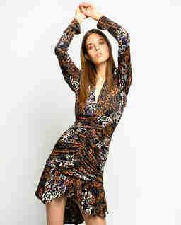 Asymetryczna sukienka z falbanami Burrascoso