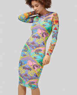 Sukienka z graficznym nadrukiem