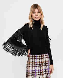 Czarny sweter z frędzlami Lituania