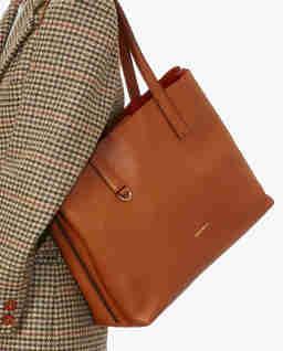 Jasnobrązowa torba na ramię Matinee