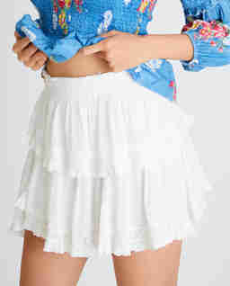Biała spódniczka z falbanką