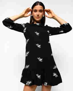 Czarna sukienka z haftem Elf