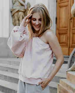 Różowa bluza z bawełny na jedno ramie Belle