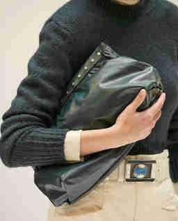 Skórzana torebka do ręki Luz