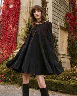 Czarna sukienka TWIGGY