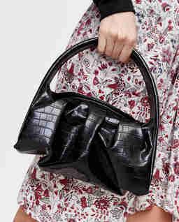 Czarna torebka Hera ze skóry ekologicznej