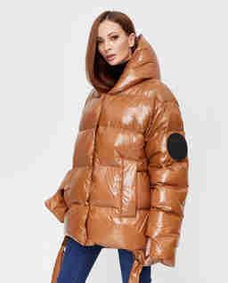 Karmelowa kurtka pikowana Jesso