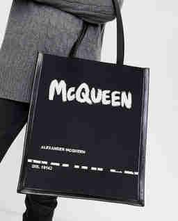 Czarna torba z logo