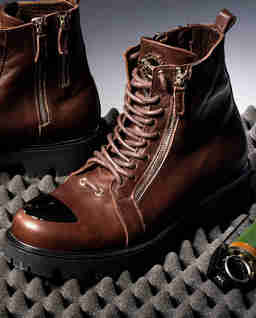 Brązowe skórzane buty Marines