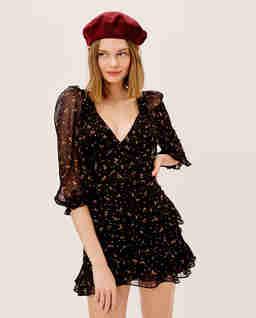 Czarna sukienka Juliana