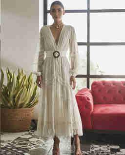 Sukienka z koronkowymi wstawkami