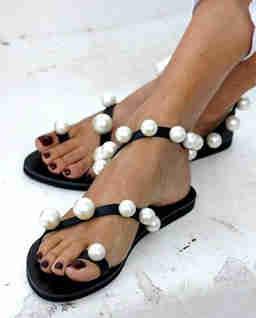 Czarne sandały Chantilly