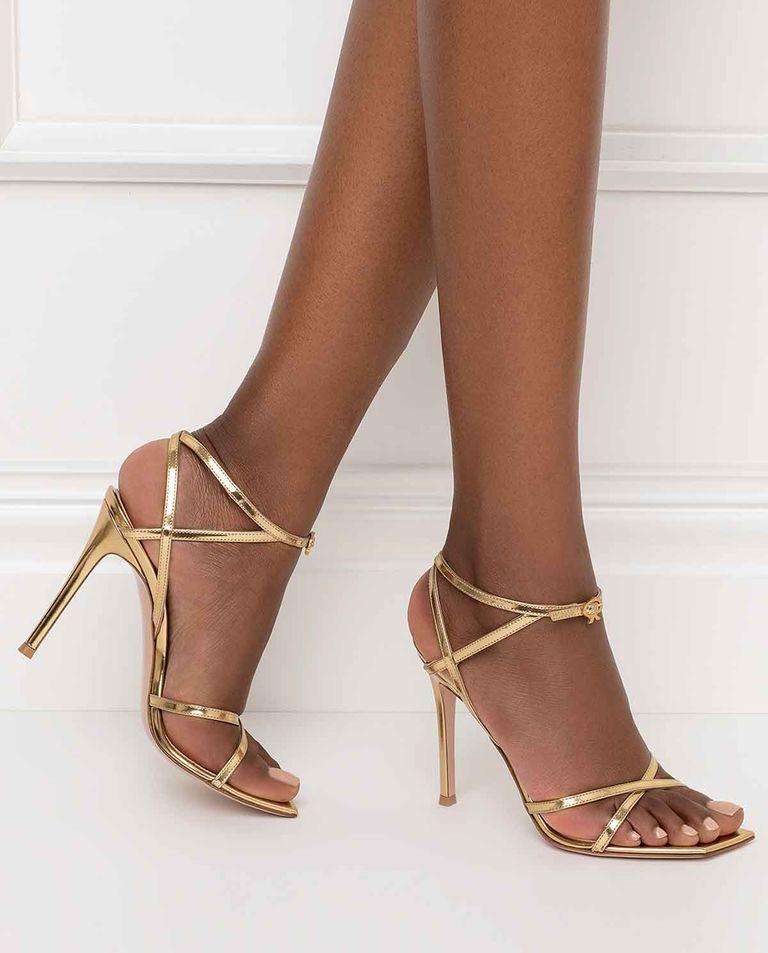 Złote sandały Georgina Gianvito Rossi