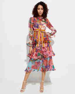Sukienka z warstwowymi falbanami
