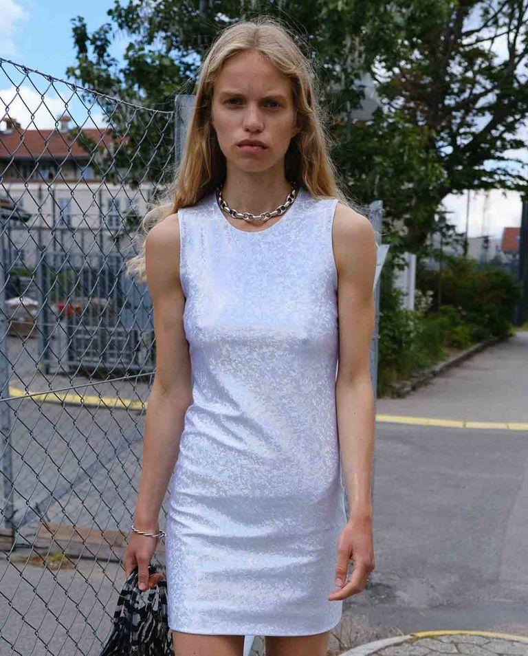 Srebrna sukienka Vision Saks Potts