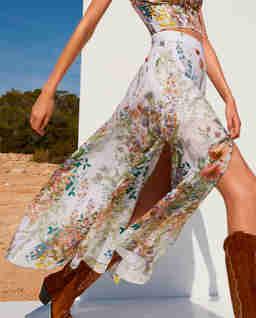 Spódnica w kwiaty Kareen