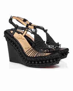 Czarne sandały na koturnie Janis In Spain