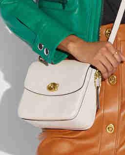 Biała torebka Cassie Crossbody 19