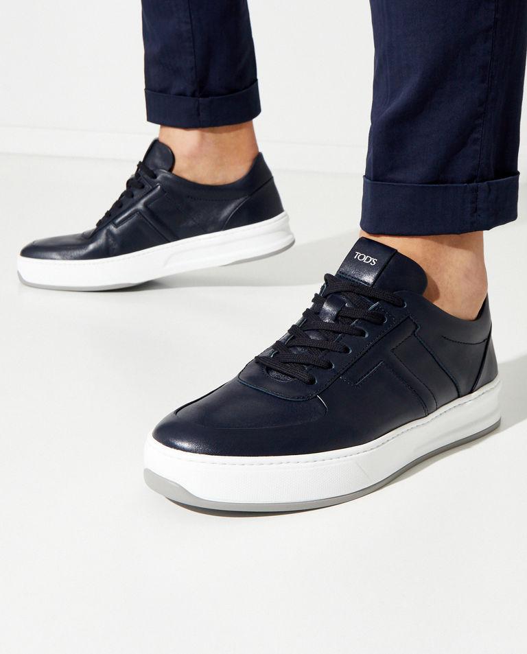 Granatowe sneakersy z monogramem Tod's
