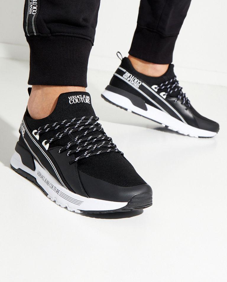 Czarne sneakersy z biała podeszwą Versace Jeans Couture