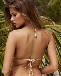 Trójkątny top od bikini