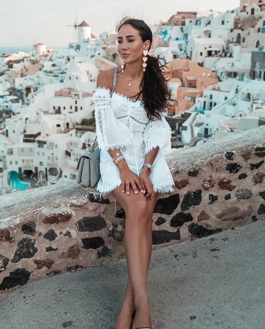 modelka charo ruiz ibiza biała sukienka grecja