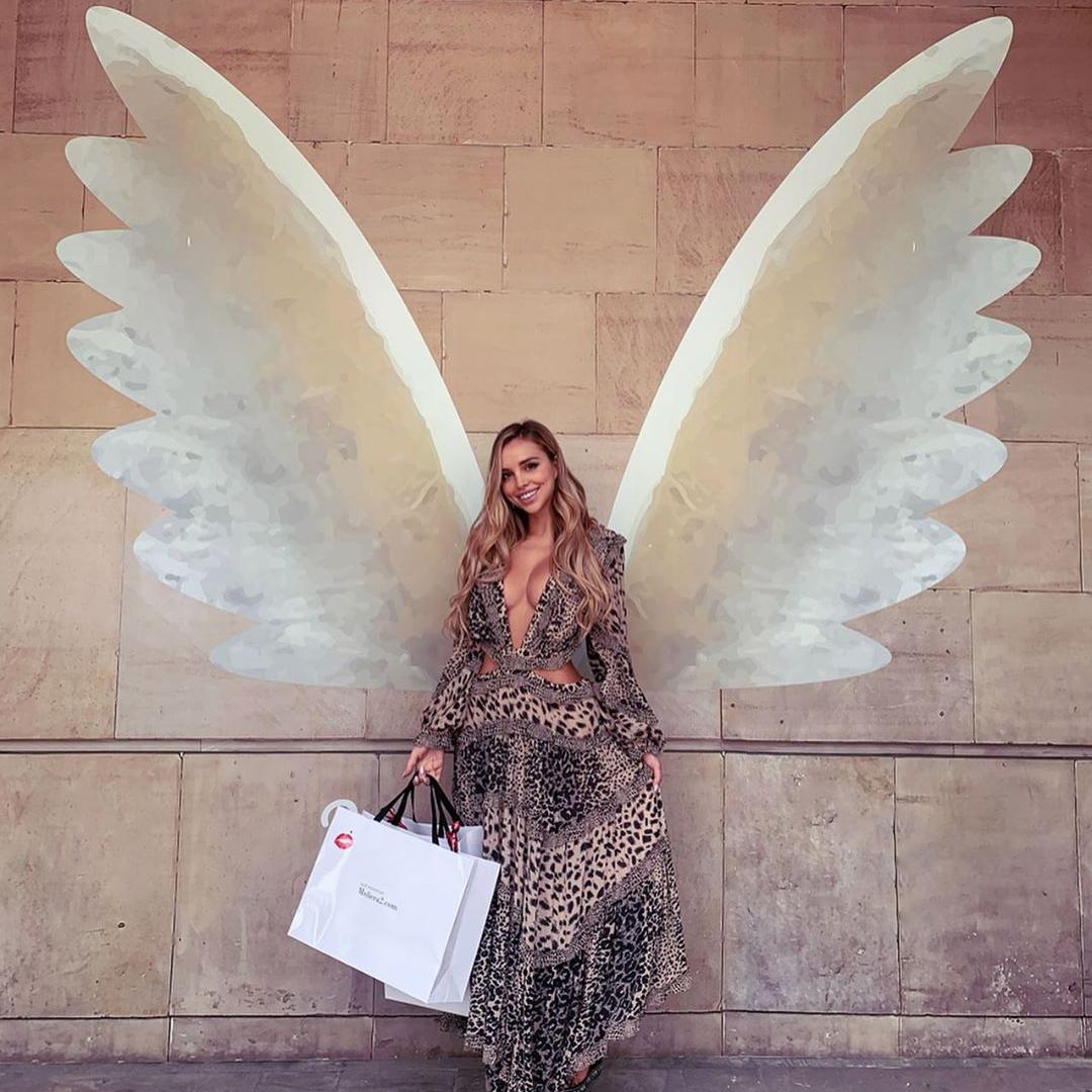 mural skrzydła moliera2 veronica bielik