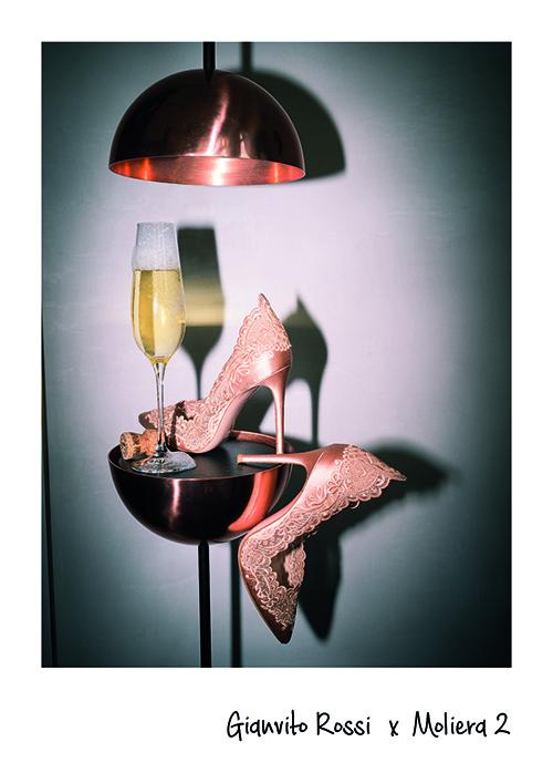 gianvito rossi szpilki stolik szampan kieliszek
