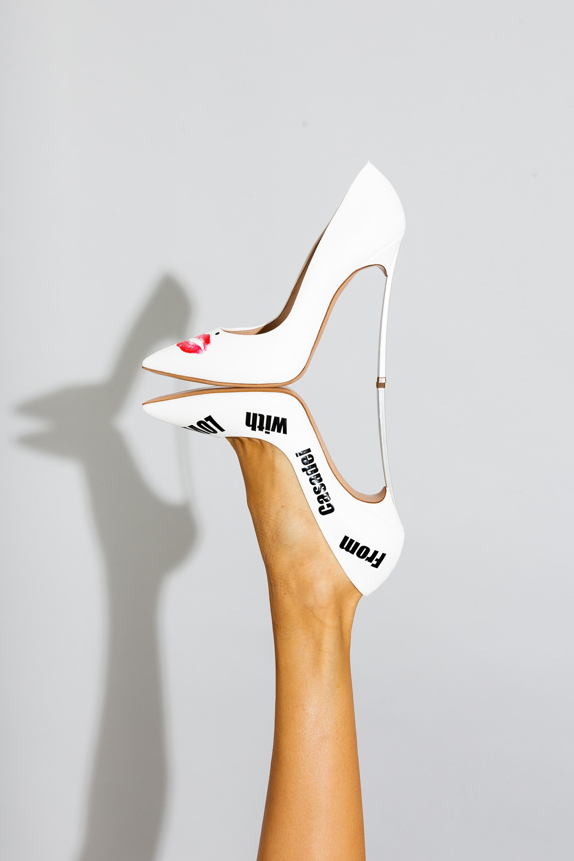 szpilki białe casadei noga