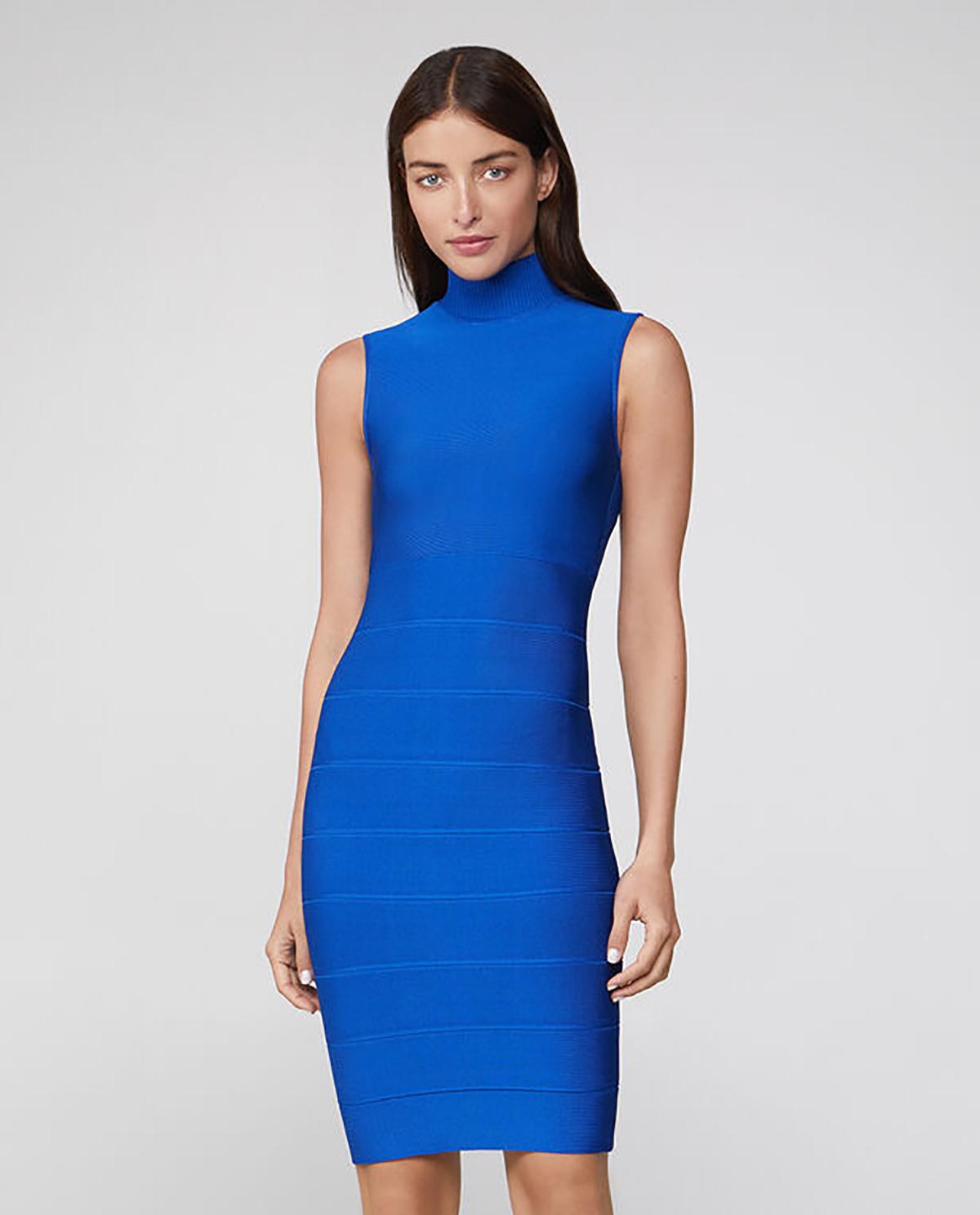 Niebieska sukienka z golfem Herve Leger 46HLT8269898-480