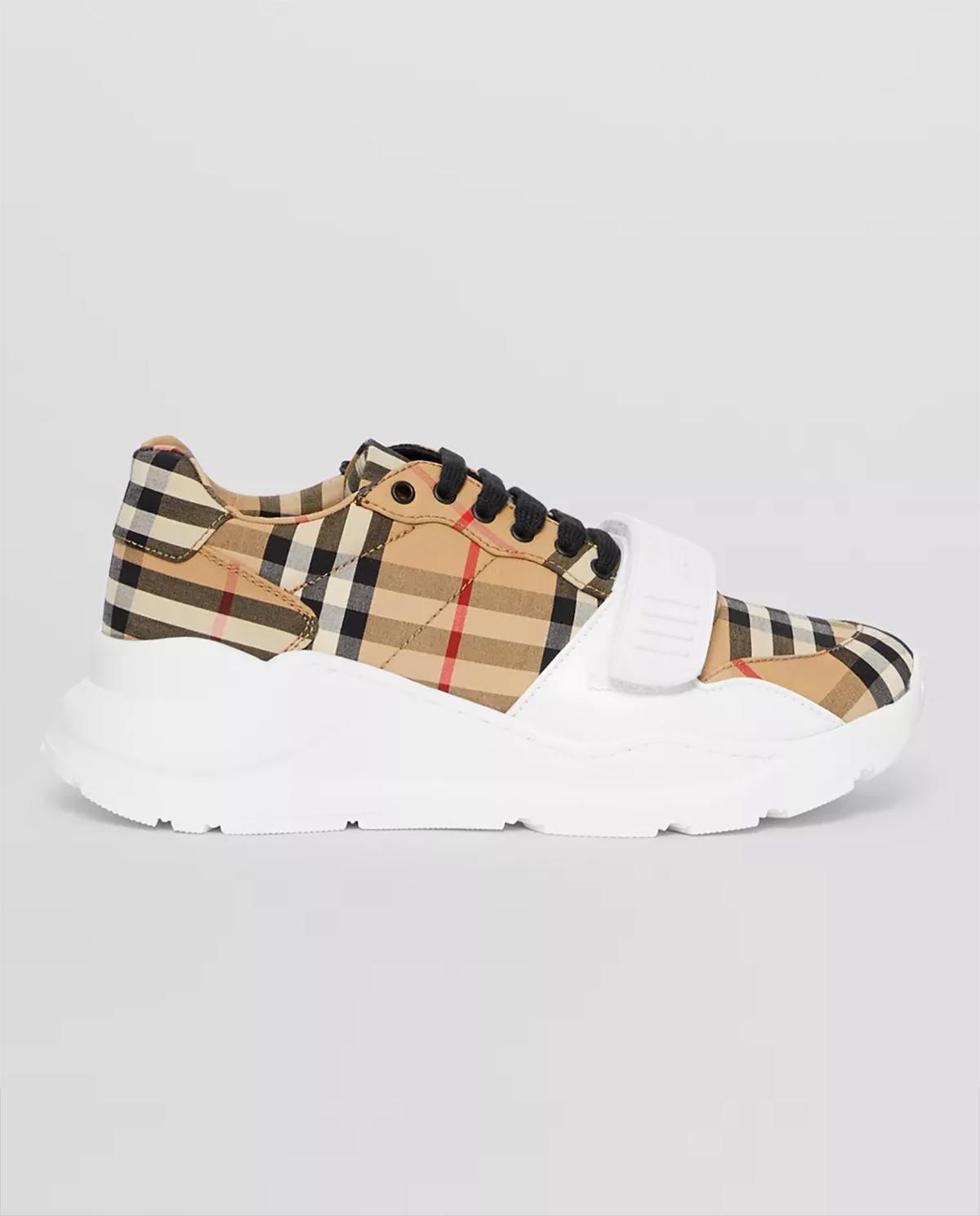 beżowe sneakersy damskie marki Burberry W8020281 A7026