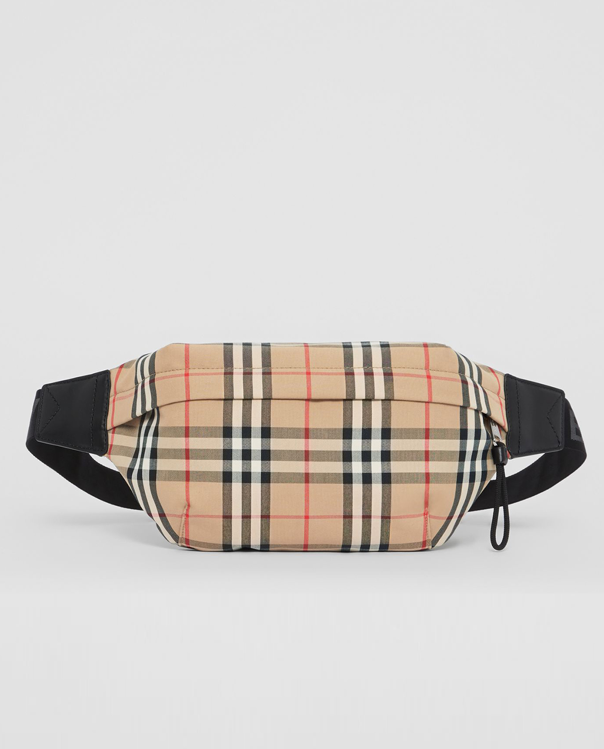 klasyczna torba nerka marki Burberry w beżowym kolorze M8010430 A5373