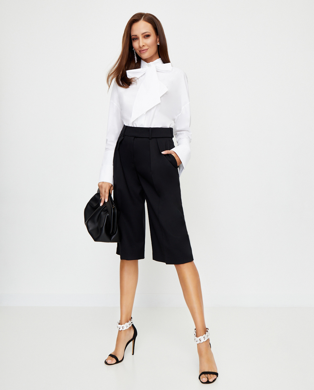 Damskie czarne spodnie z szerokimi nogawkami Alexandre Vauthier 203PA1252 1301-203 BLACK