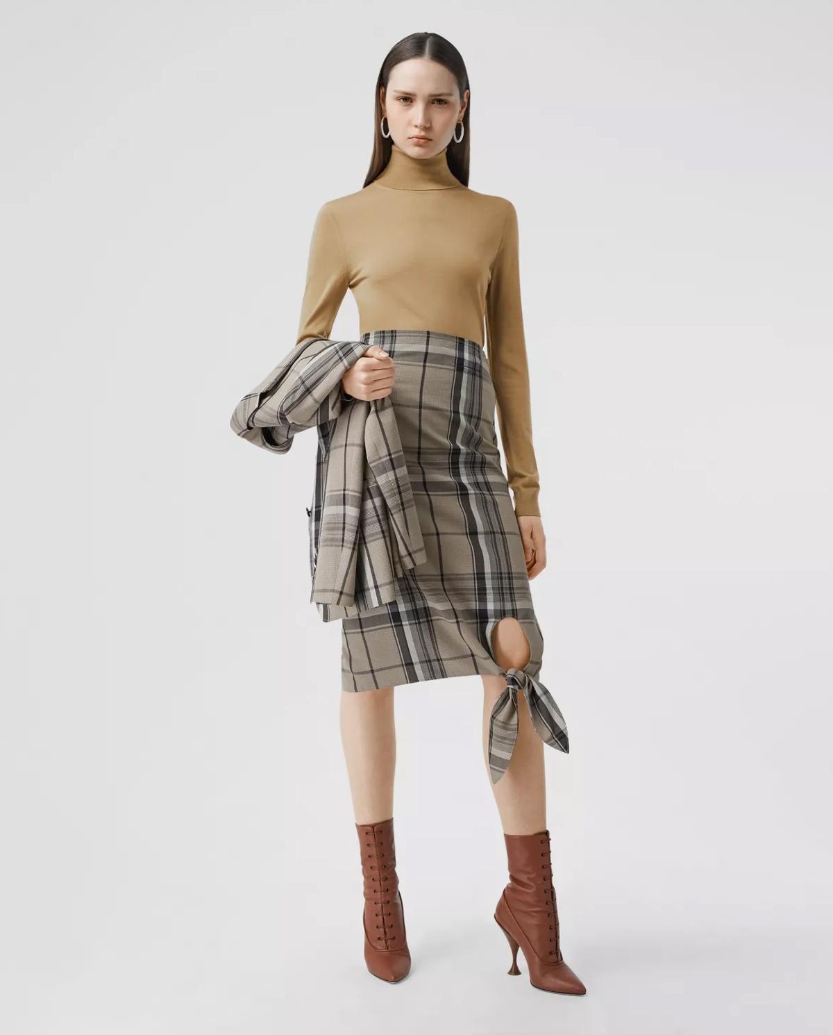 Damski beżowy sweter z wełny Burberry W8032170 A1420