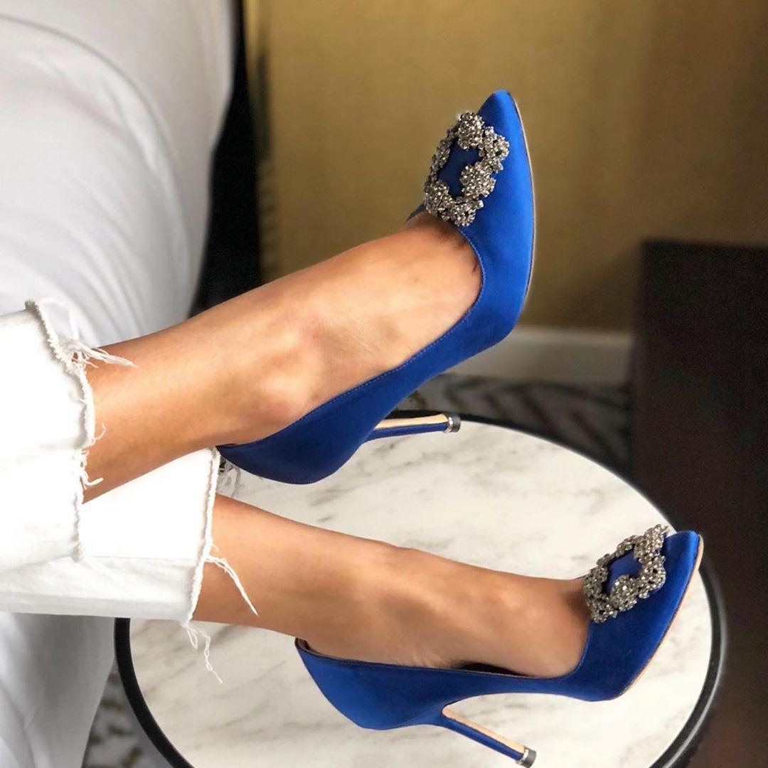 Niebieskie szpilki Hangisi 10.5 cm Manolo Blahnik 9XX-0664-0049 BLUE