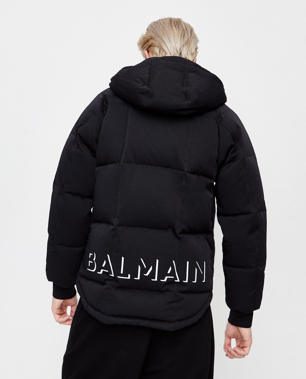 Czarna kurtka puchowa z logo Balmain UH18817X113 0PA