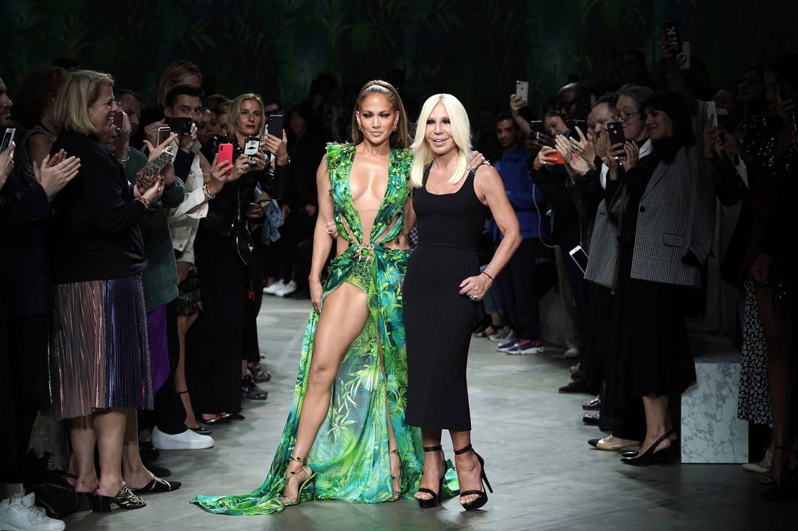 Donatella Versace i Jennifer Lopez, Getty Images