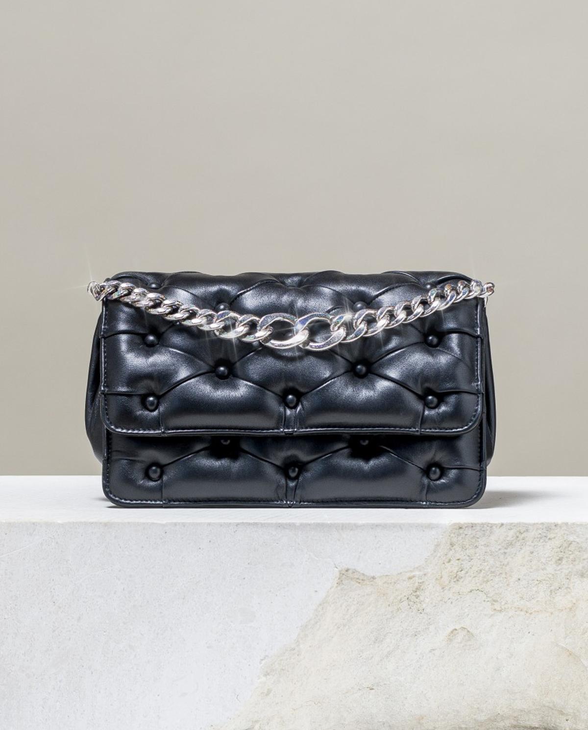 Pikowana torebka Carmen Benedetta Bruzziches 4517 BLACK