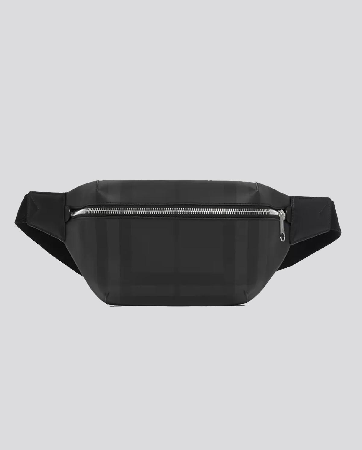 Czarna torebka na pas Burberry M8014237 A1483